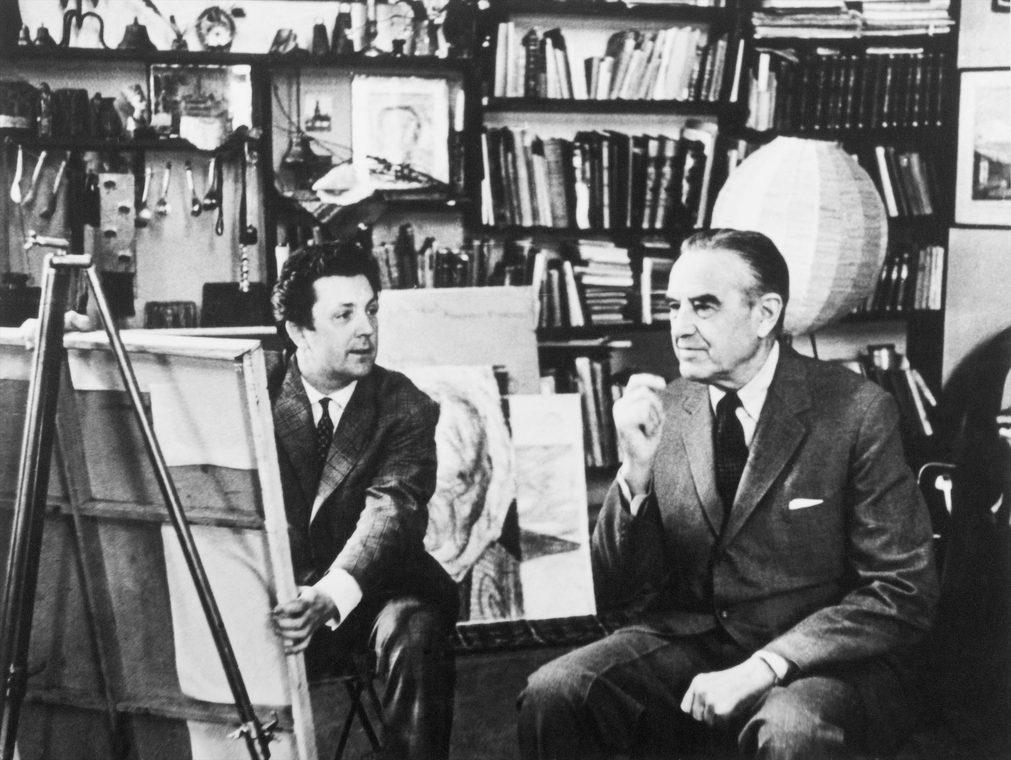 Илья Глазунов и посол США в России Аверэл Гарриман в мастерской художника