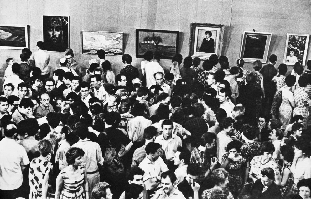 Пятидневная выставка Ильи Глазунова в служебных помещениях Манежа