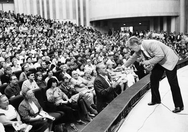 Встреча Ильи Глазунова со зрителями